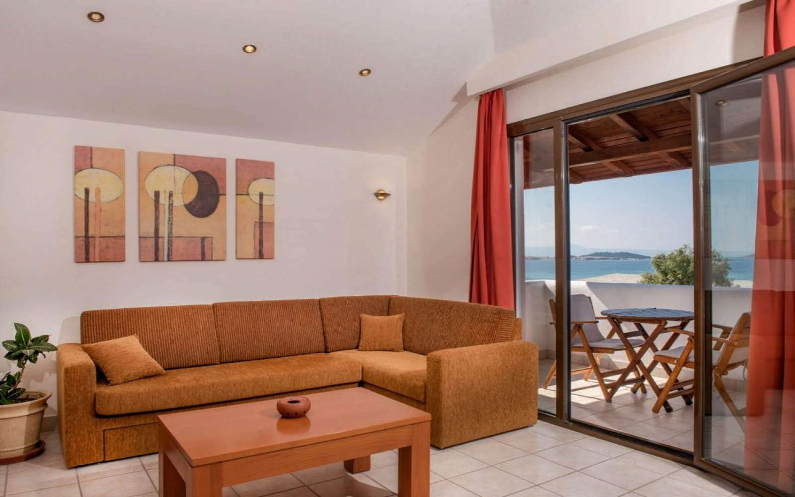 Hotel Pyrgos Boutique Suites